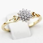 Pierścionek zaręczynowy z diamentami z żółtego złota P0547ZB